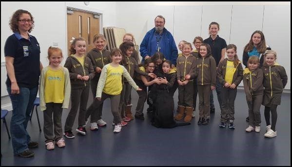 6th Brownies - guide dog